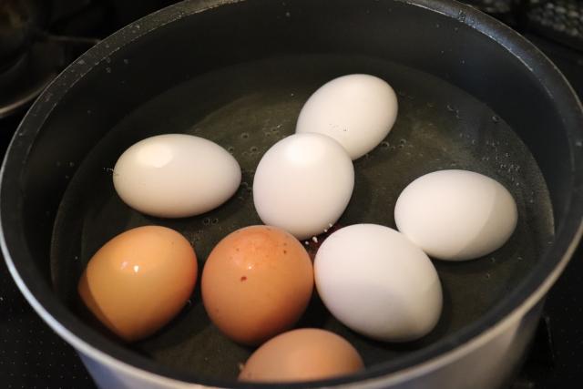 卵 割り方 温泉
